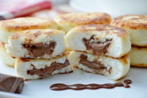 Сырники из творога и шоколада