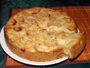 Пирог в духовке с яблоками