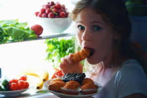 Девушка хочет есть