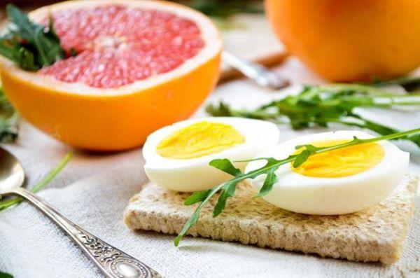 Яйца и грепфрут
