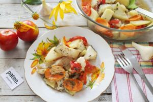 Запеченые треска и картошка