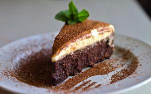 Пирог с шоколадным муссом