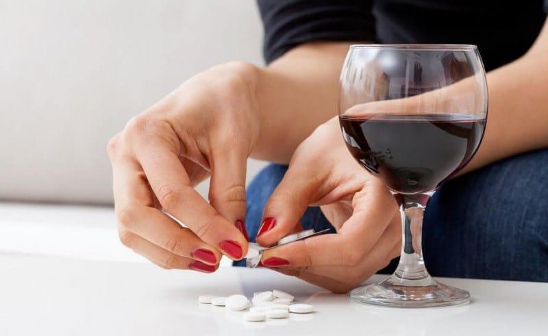 Алкоголь и обезболивающие препараты