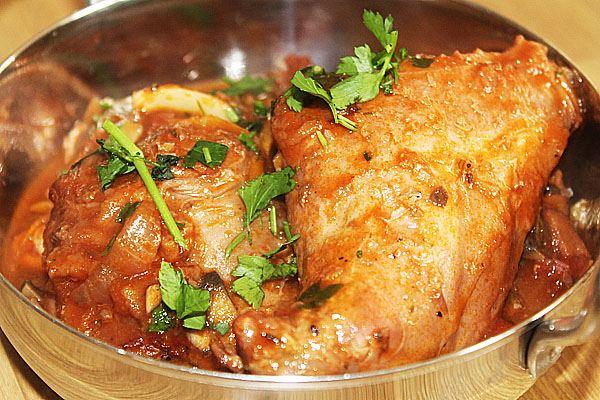 Как приготовить кролика просто и вкусно в духовке?